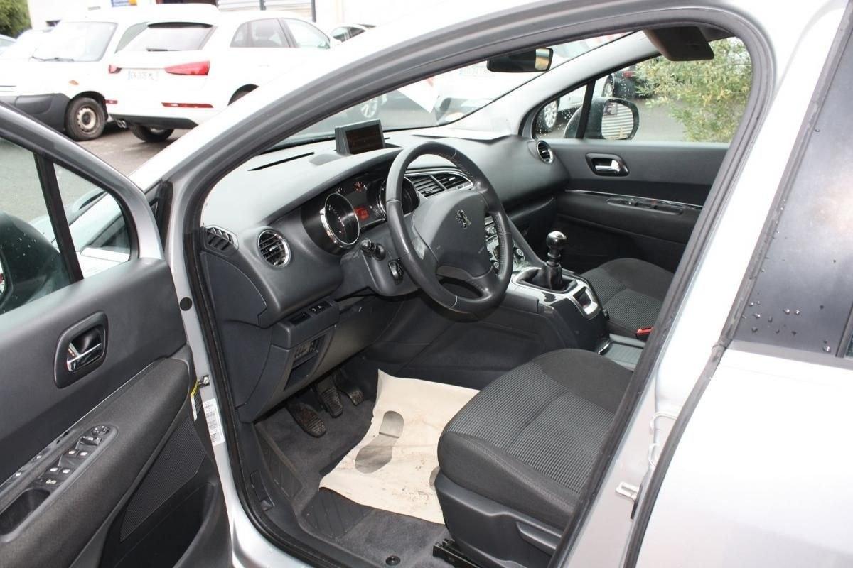 Peugeot 5008 1.6 HDI112 FAP CONFORT PACK 5PL