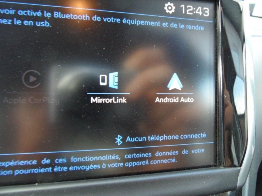 Peugeot 208 12 Puretceh 82 STYLE 5 PORTES