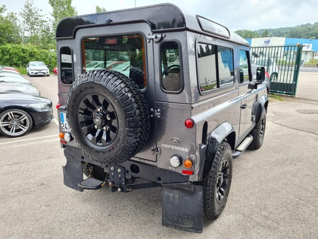 Land Rover Defender 90 2.2 TD4 122 CV