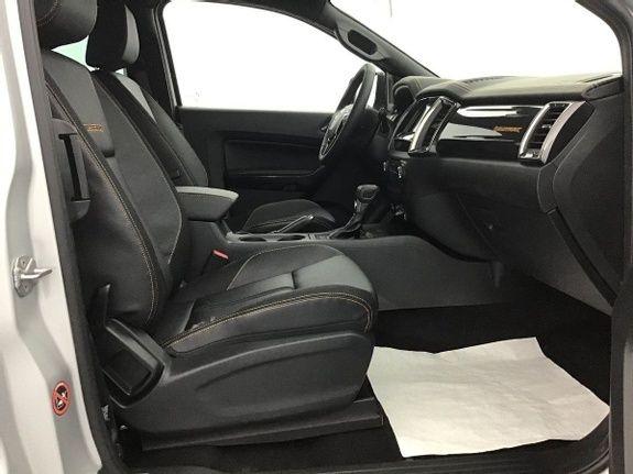 Mandataire auto Beauvais Ford Ranger Super Cab 2.0 Ecoblue 213cv Bva10 3