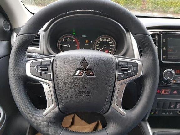 Mandataire auto Beauvais Haut De France Mitsubishi L200 Instyle 2.2 DiD 150cv 11